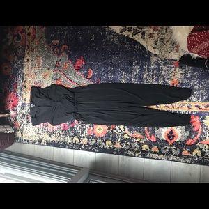 Pants - Black jumper